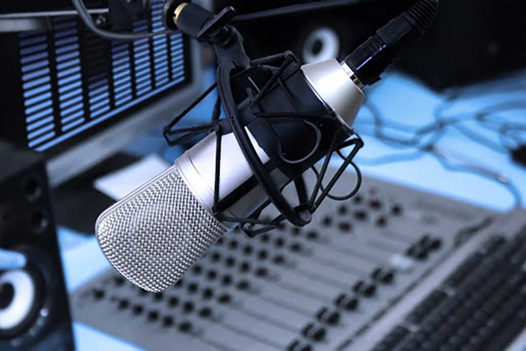 Best Microphones for Radio and Podcasting